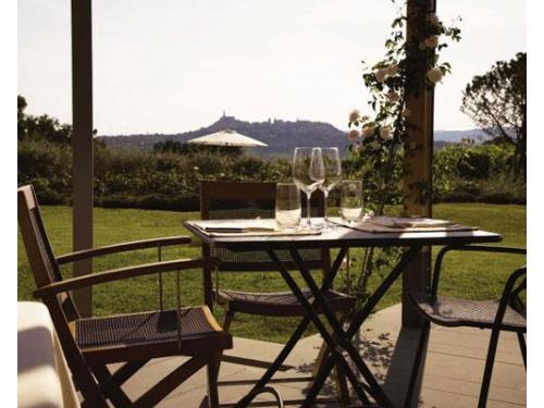 I tavoli esterni della terrazza