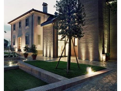 La residenza di sera