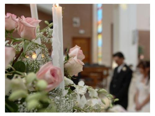 Decorazione chiesa bianco e rosa