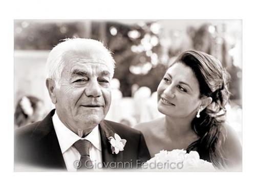 La sposa e l`emozione del papa`