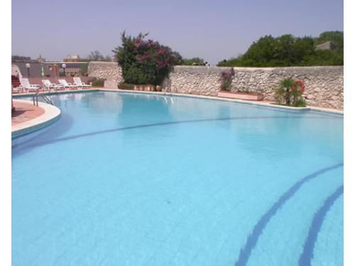 La piscina della location