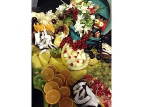 Un buffet di frutta