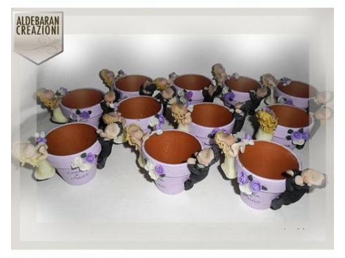 Vasetti dipinti a mano con sposini personalizzabili ai lati