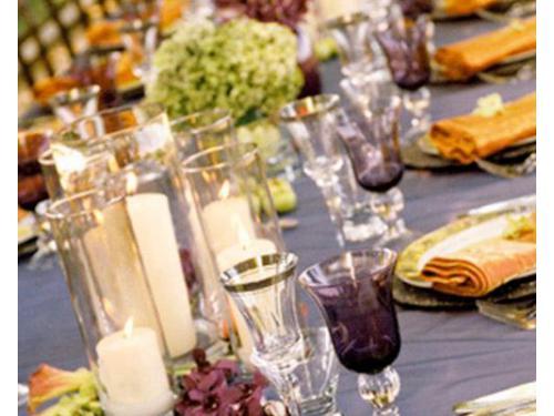 Una grande tavolata per gli ospiti