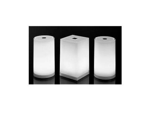 Cordless lamps in metacrilato controllabili con radiocomando