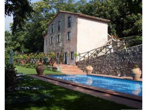 La location con piscina