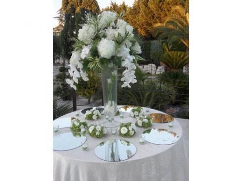 Composizione  per tavolo confettata o da bouffet