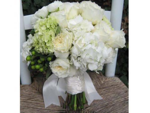 Bouquet dai colori candidi ed eleganti