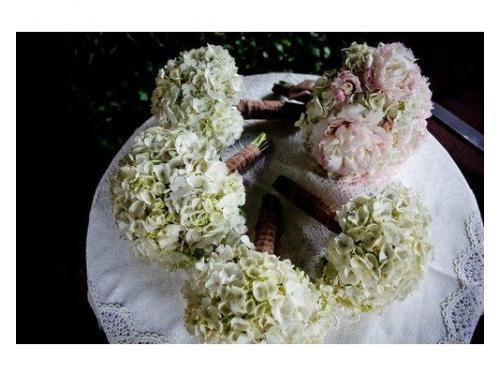 Bouquet ortensie e peonie e bouquet damigelle di ortensie