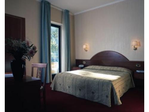 Una delle camere delle hotel