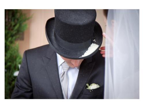 Cappello sposo con riso