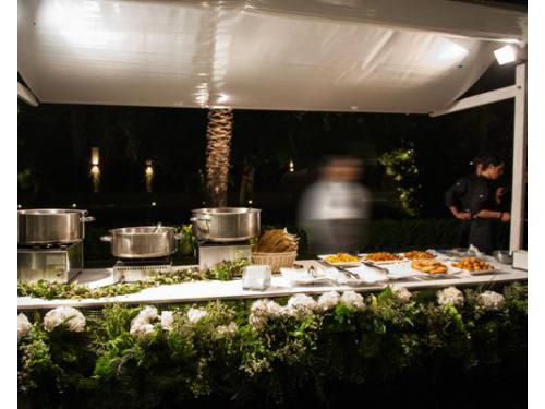 Buffet nuziali all`aperto