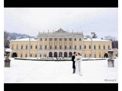 Gli sposi sotto la neve