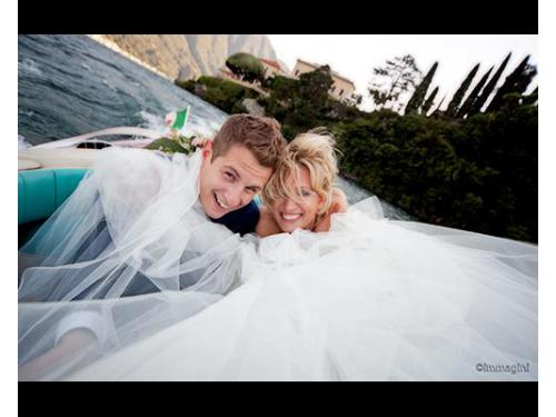 Gli sposi in barca