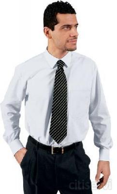 Camicia classica uomo € 15,00 Tessuto : cot/pol Colore bianco Taglie dalla S alla XXL